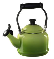 Le Creuset Demi Whistling Kettle