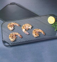 Le Creuset Giant Reversible Grill-Griddle